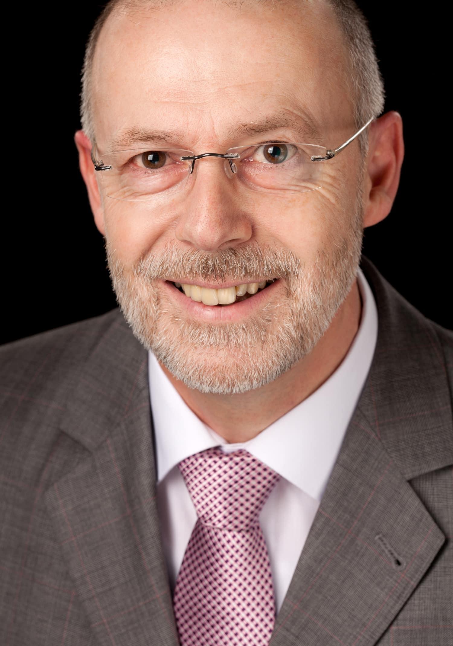 Thomas Wilkens, Geschäftsinhaber von Wilkens-Immobilien, Ihrem Immobilienmakler im Landkreis Harburg