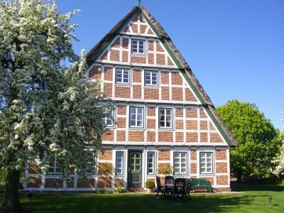 Ist das nicht ein Traum? - Altes, renoviertes Fachwerkhaus im Alten Land.